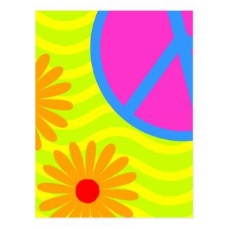 signe et fleurs de paix hippie des années 70 carte postale