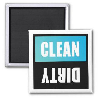 Signe propre ou sale de lave-vaisselle magnet carré