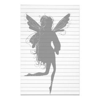 Silhouette de fée à ailes papier à lettre personnalisable