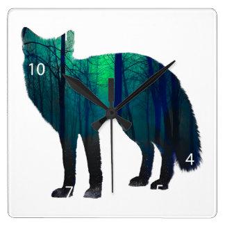 Silhouette de Fox - renard de forêt - art de Horloge Carrée