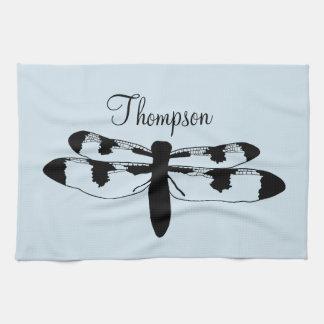 Silhouette de libellule avec le nom sur la linges de cuisine
