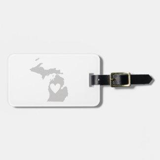 Silhouette d'État du Michigan de coeur Étiquette Pour Bagages
