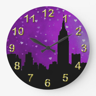 Silhouette d'horizon de NYC, coeurs pourpres d'ESB Horloge Murale