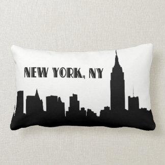 Silhouette d'horizon de NYC, ESB #1 Coussin Rectangle