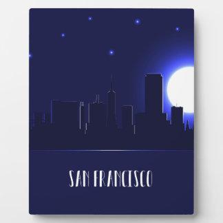 Silhouette d'horizon de San Francisco la nuit Plaque Photo