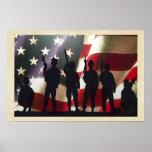 Silhouettes militaires patriotiques de soldat poster