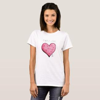 Simplement T-shirt simple de coeur rose d'amour