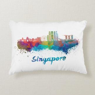 Singapour V2 skyline in watercolor Coussins Décoratifs