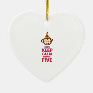 Singe conceptions 5 an ornement cœur en céramique
