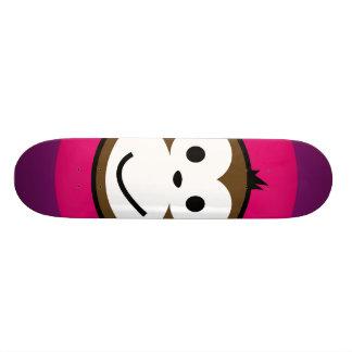 Singe effronté plateau de skateboard
