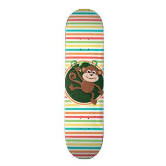 Singe Rayures lumineuses d arc-en-ciel Skateboards Personnalisés