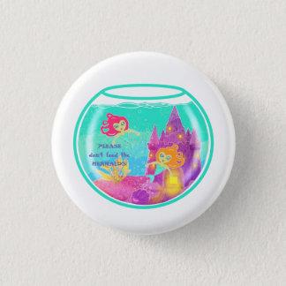 Sirènes de Chibi dans un bocal à poissons Pin's