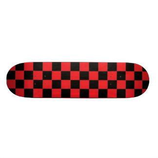 Skateboard Customisable Planche à roulettes rouge et noire de Checkerd