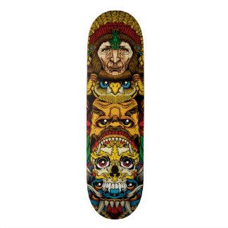 Skateboard Totem