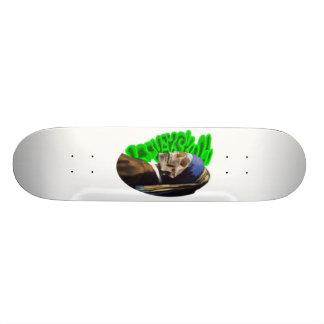 Skateoard Personnalisé LooneySkull avec une perle Earing