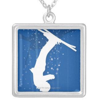 Skieur de style libre collier
