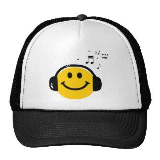 Smiley affectueux de musique casquette trucker