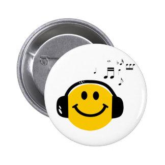 Smiley affectueux de musique pin's