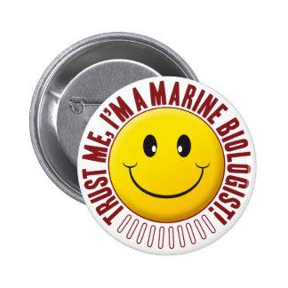 Smiley marin de confiance de biologiste pin's