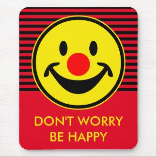 Smiley rouge de nez - jaune + vos idées tapis de souris