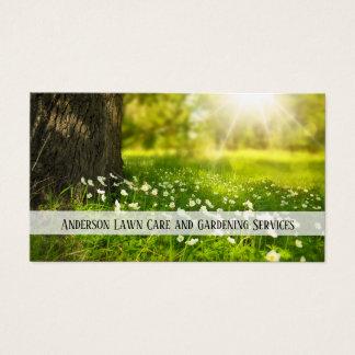 Soin de pelouse et carte de visite de jardinage