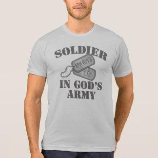 Soldat dans l'armée Dogtags de Dieu T-shirt