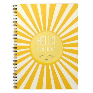 Soleil de sourire jaune audacieux lumineux du carnets à spirale