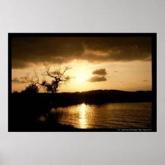 Soleil Levant sur le lac Posters