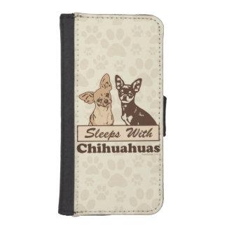 Sommeils avec des chiwawas coques avec portefeuille pour iPhone 5