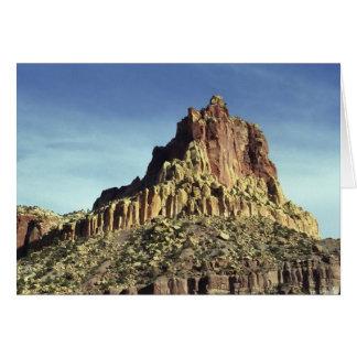 Sommet de montagne de roche carte de vœux