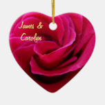 Son et son nom ornemente la date de mariage de ros décorations pour sapins de noël