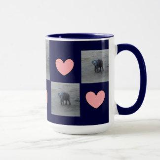 Sonnerie de coeurs d'éléphant de bébé Tasse-F-par Mug