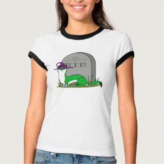 Sorcière blanche et verte de hermine avec la t-shirt