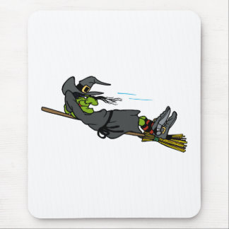 sorcière détendant sur le balai de vol tapis de souris