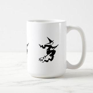 sorcière drôle de Halloween sur le manche à balai Tasses À Café