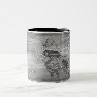 Sorcière monochrome sur le balai mugs à café