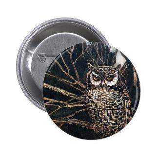 Sorcière sous la forme de hibou badge rond 5 cm