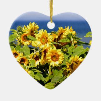 Sort de tournesol coloré en fleur ornement cœur en céramique