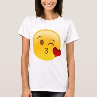 Soufflez un autocollant d'emoji de baiser t-shirt