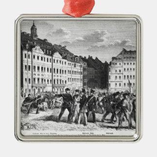 Soulèvement à Dresde Ornement Carré Argenté