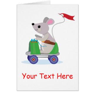 Souris à une invitation de scooter de patin carte de vœux