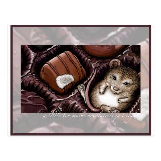 Souris dans la boîte à chocolat carte postale