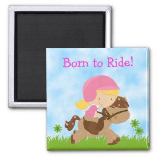 Soutenu pour monter l'aimant de fille et de cheval magnet carré