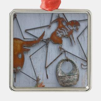 Souvenirs d'art en métal sur le mur extérieur ornement carré argenté