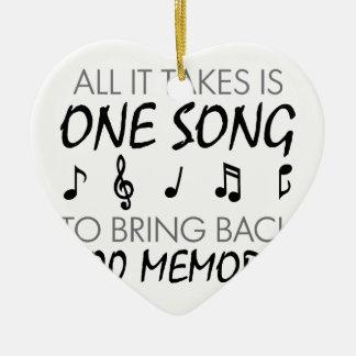 Souvenirs de musique ornement cœur en céramique