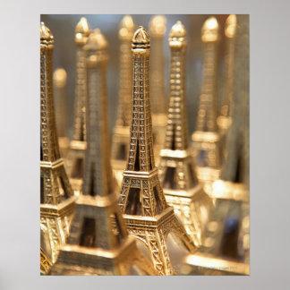Souvenirs de Tour Eiffel Posters