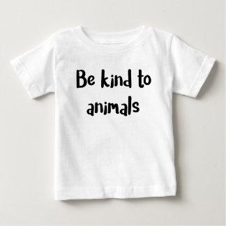 """""""Soyez aimable chemise de bébé avec animaux"""" T-shirt Pour Bébé"""
