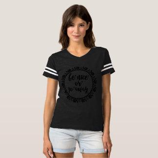 Soyez gentil ou allez T-shirt gris parti