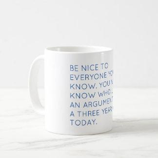 Soyez tasse intéressante