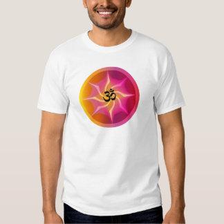 Spirale psychédélique d'ohm t-shirts